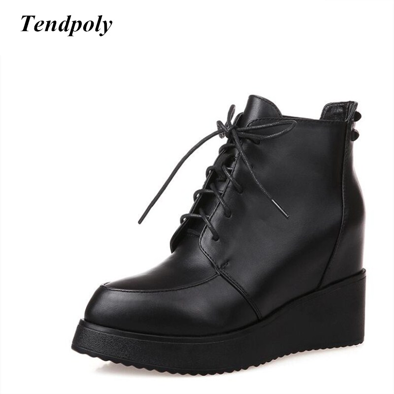 New high-fashion leather ladies boots fall and winter wild lace slope with short section of women's boots hot casual shoes short boots woman the fall of 2017 a new restoring ancient ways british wind thick boots bottom students with martin boots