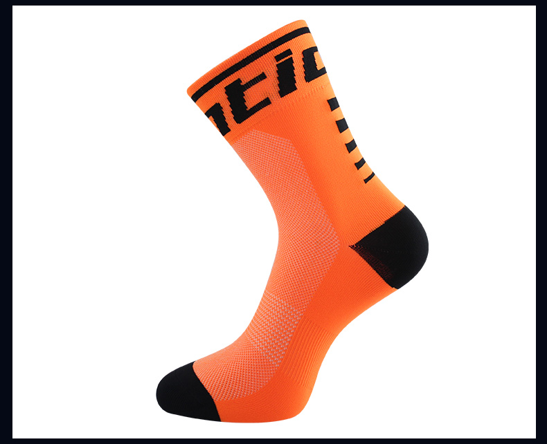 HTB11T4ygv5TBuNjSspcq6znGFXaf - Santic Sport Cycling Socks Breathable Anti-sweat Basketball Socks Running Hiking Men Socks