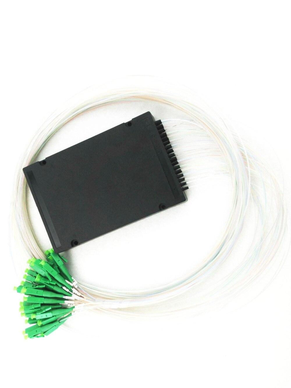 Séparateur optique de plc de FTTH 0.9mm de Fiber optique de mode simple de SC APC 1x64 diviseur de PLC de FTTH