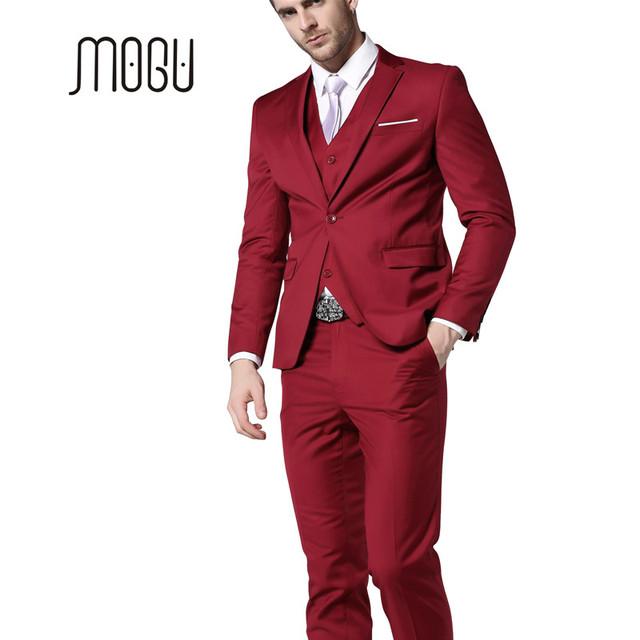 MOGU Mens Ternos 2017 New Moda Roupas Mais Recentes Modelos Casaco Calça três Peças Terno Dos Homens Ternos Slim Fit Ternos de Casamento Vermelho para homens