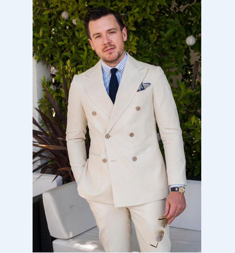 Double Breasted Groomsmen Peak Lapel Groom Tuxedos Beige Mens Suits Wedding Best Man (Jacket+Pants+Tie+Hankerchief) B818