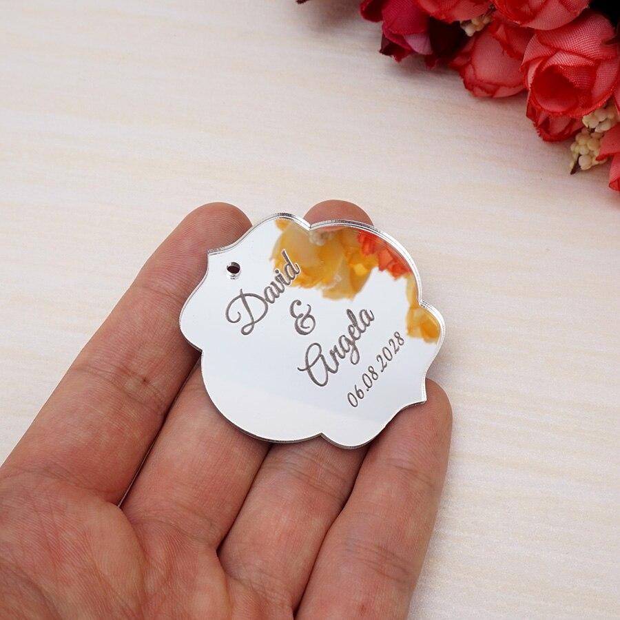 300 pcs Personnalisé Gravé Nom Date Personnalisé Miroir De Mariage Tags Faveur Cadeau Tag Fantaisie Ovale Forme Tags Partie Décor Faveurs 4 cm