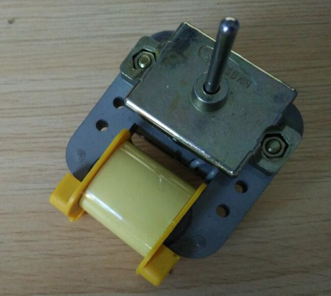 220 voltage Refrigerator parts fridge radiator fan motor 8W RE-01WT52 4.5cm shaft lenth 0.4cm diameter