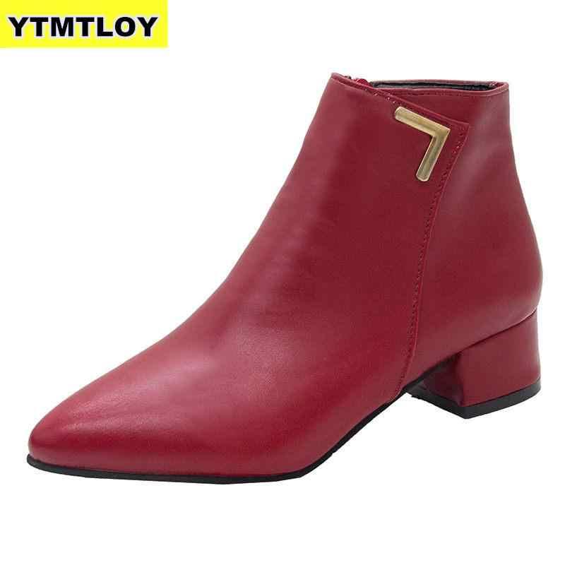 2019 moda kadın botları rahat deri düşük yüksek topuklu bahar ayakkabı kadın sivri burun kauçuk yarım çizmeler siyah kırmızı Zapatos Mujer