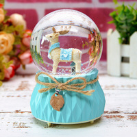 Elk wooden horse creative gifts home crystal ball music box flash lamp bedroom furniture craft music box