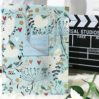 20PCS Fresh Green Flowers Pattern Kraft Paper Gift Bag Festival PaperBag Fashionable Jewellery Bags For Wedding Birthday Party