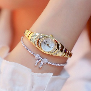 Image 2 - Top Brand Small And Elegant Ladies Small Dial Watch Women Charm Bracelet Watch Luminous Girl Fashion Casual Watch Zegarek Damski