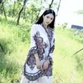 2017 Nueva primavera verano de la bufanda del mantón de 2 colores retro pastoral de algodón bufanda caliente suave ocasional de doble uso echarpes fulares femme