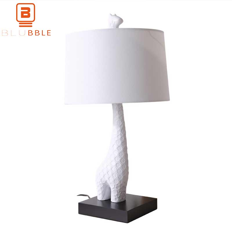 BLUBBLE Originality Giraffe Table Lamp Northern Europe Bedroom Decorate Desk Lamp AC 90-260V LED Bulbs Study Read Bedside LampBLUBBLE Originality Giraffe Table Lamp Northern Europe Bedroom Decorate Desk Lamp AC 90-260V LED Bulbs Study Read Bedside Lamp