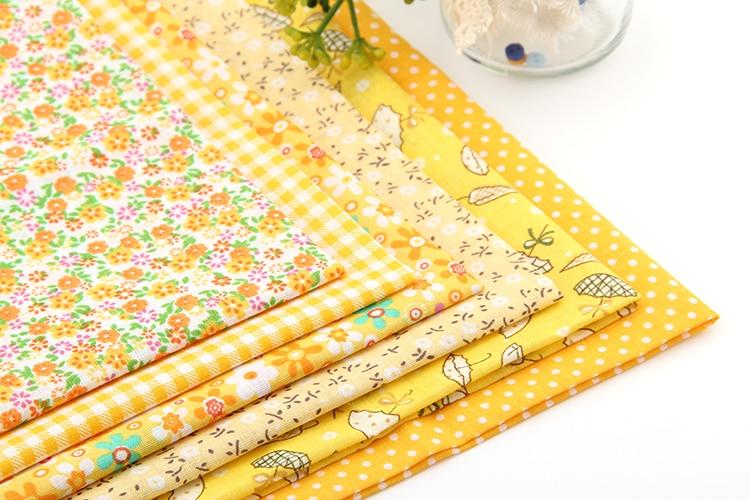 """פרחוני צהוב חדש טלאי בד כותנה רבעוני שומן חבילות תפירת טקסטיל בד טלאים לבגדי תיקים 50x50 ס""""מ J-6-2"""
