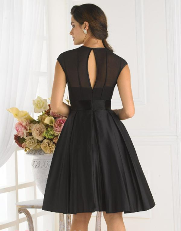 2015 new design hot sexy brides knee length custom cap sleeve a line black short cheap Bridesmaid Dresses free shipping in Bridesmaid Dresses from Weddings Events