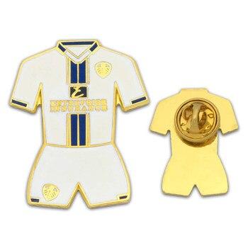 Customized Brand Publicity Hard Enamel Shirt Badge Ambulance Armband Association