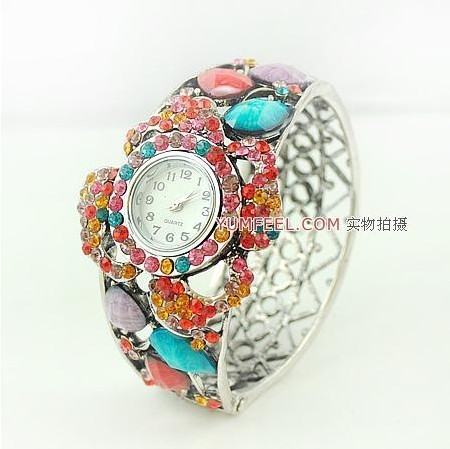 Free shipping vintage royal dress ladies timepiece wristwatches hollow out bracelet bangle watches crystal quarzt wristwatch