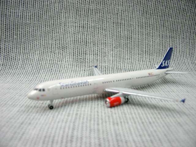 Out of print StarJets A321 SE-REI 1:500 of boreal Europe aviation aircraft model se-rei is only a