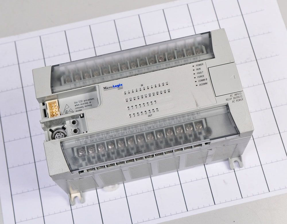 1762-L40BWAR  AB-PLC used in good condition 1762 if20f2