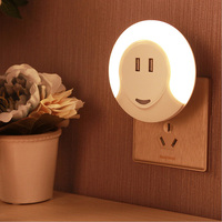 Light Sensor Smart Design LED Night Light With Dual USB Wall Plate Charger Perfect For Bathrooms