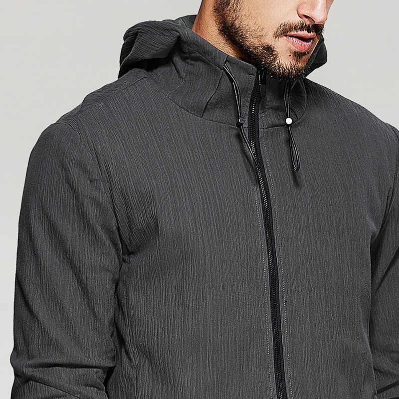 KUEGOU новые осенние мужские куртки с капюшоном и пальто с карманами на молнии кофейного цвета брендовая одежда для мужчин тонкая одежда мужские топы 3805