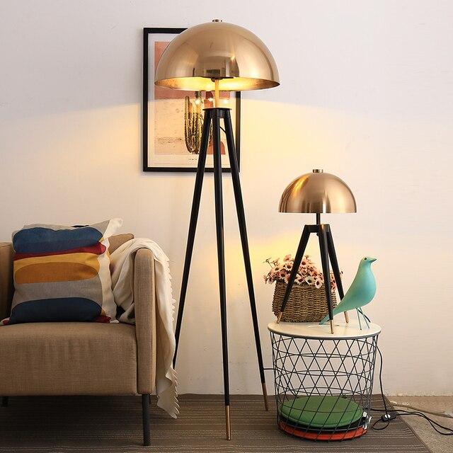 Lámpara de pie de diseño posmoderno para el hogar, cabeza de seta galvanizada de Metal, para sala de estar, lámpara de noche para dormitorio
