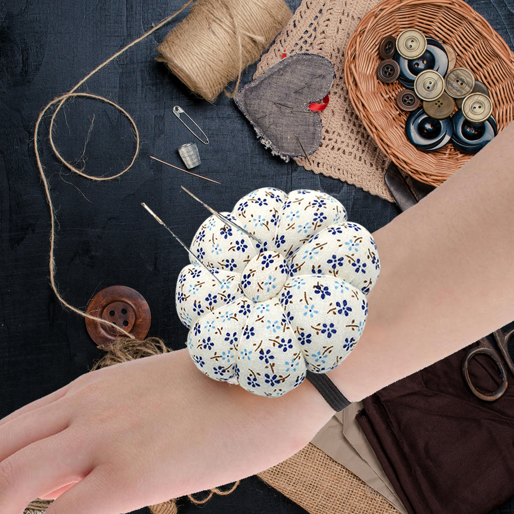 Cute Cartoon Pumpkin Needle Sewing Pin Cushion Elastic Button Wrist Strap Holder for Home Tailors Safety Craft Tool