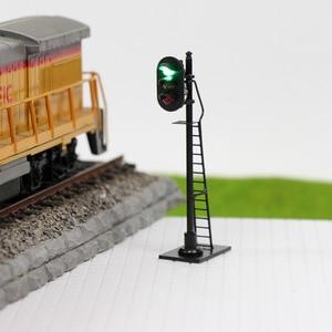 Image 3 - 3 pièces modèle chemin de fer 1: 87 rouge jaune vert bloc Signal de signalisation HO échelle 6.3 cm feu de signalisation poteau noir avec échelle