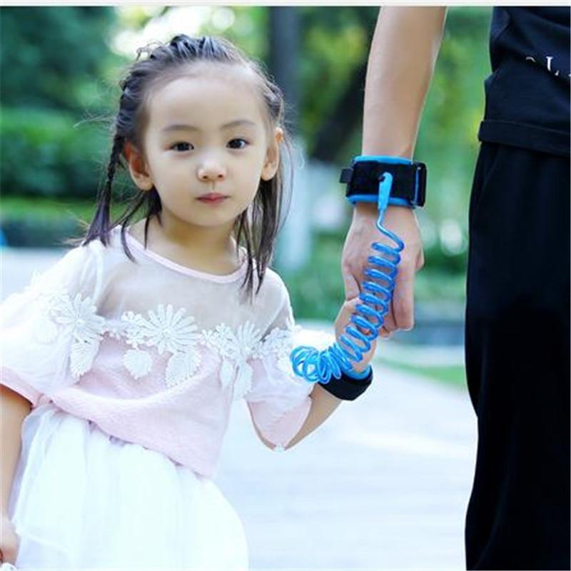 Justerbar børnesikkerhed armbåndsrør Børnebøjle Håndledsbælte Anti-lost Link Bælte Walking Assistant Baby Walker 1,5m 2m 2.5m