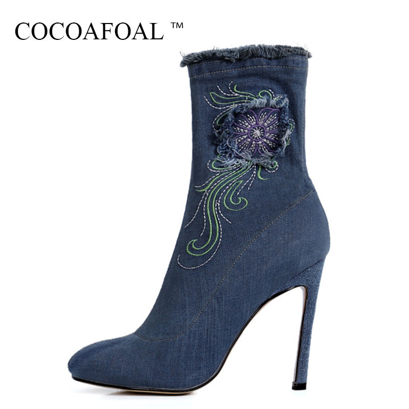 COCOAFOAL Woman Spring Autumn Blue Ankle Boots Sexy Denim Embroider Martin Boots Fashion Pointed Toe 11.5 CM High Heeled Shoes cocoafoal woman genuine leather ankle boots autumn winter 9 cm high heel shoes black apricot fashion sexy pointed toe boots 2018
