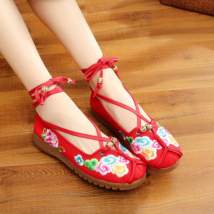 Fashion Spring Chinese Style Flats Embroidery Women Casual Cloth Shoes Size35-41 Red Anckle strip Soft Sole Cozy Shoes Woman clearance sale spring chinese style flower embroidery handmade women shoes embroidered fashion flats shoes for ladies 4 colors