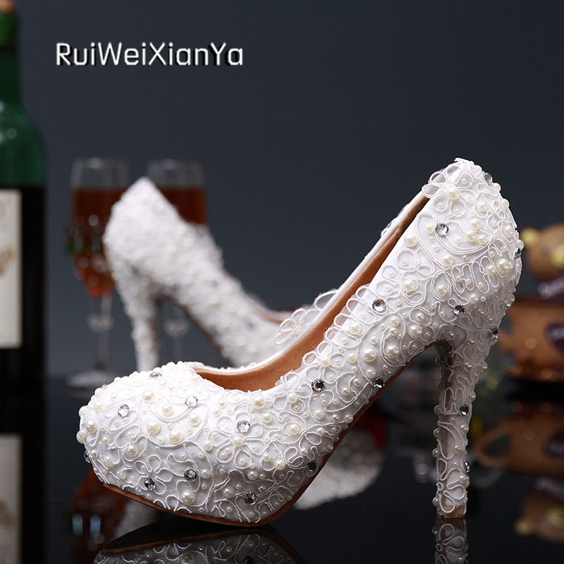 2017 New Fashion Spring Ladies Lace Shoes Women Pumps High Heels Platform Round Toe White Wedding Shoes for Bridal Plus Size Hot 2017 new fashion spring ladies pointed toe shoes woman flats crystal diamond silver wedding shoes for bridal plus size hot sale