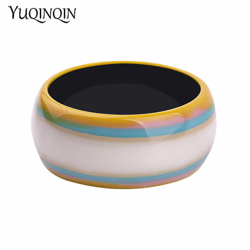 Vintage Resin Cuff Fashion Bracelets Bangles for Women Colourful Stripe Acrylic Wide Round Bracelets Female Charm New Jewelry