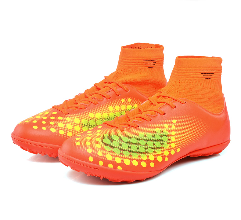 1b540daa4fe Ibuller Men s Soccer Shoes 2017 High Ankle Indoor Football Boots With Socks  Boys Futsal Cleats Zapatos De Futbol Con Tobillera