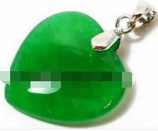 Jew2184สีเขียวมรกตหยกหัวใจรัก18 KWGPจี้และสร้อยคอ
