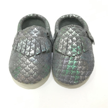 Wholesale Unique Metallic Mermaid Scales Genuine Leather Moccs Newborn Baby Girls Kids Boy Footwear Shoes