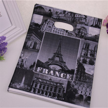 2016 New Design Wholesale 100pcs/lot 25*35cm Luxury European Style Packaging Bags With Eiffel Tower Clothing Packing