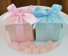 50 x European Style Pink / Blue Square Polka Dots Wedding Favors Candy Boxes Baby Shower Party Gift Box With Ribbons