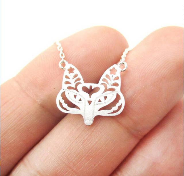992e59c3ef6b € 12.39 40% de DESCUENTO|Zorro Cara collar con filigrana floral cortado en  forma animal encanto collar minimalista joyería hecha a mano 12 ...