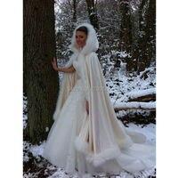 Зимние Свадебные накидки с отделкой из искусственного меха, Длинные свадебные накидки с капюшоном, Атлас цвета шампана, пончо для невесты
