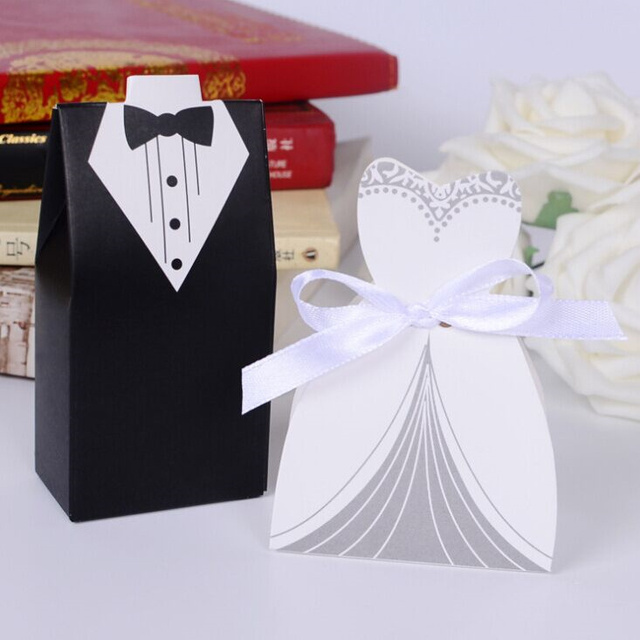 2018 New Free Shipping Hot Sale 100pcs Bride and Groom Wedding Favor Boxes Gift box Candy box decoracao festa wedding souvenirs