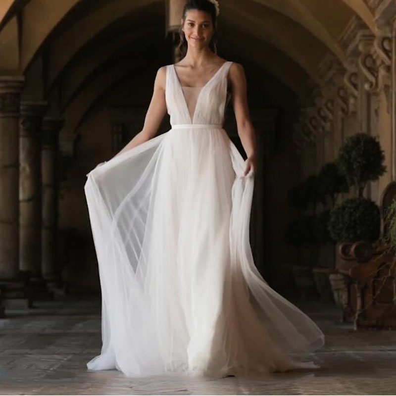 LORIE Boho Wedding Dress 2019 A Line Tulle Long Backless White Beach Wedding Dress Tulle V Neck Pleats Princess Bride Dress 2019 Платье
