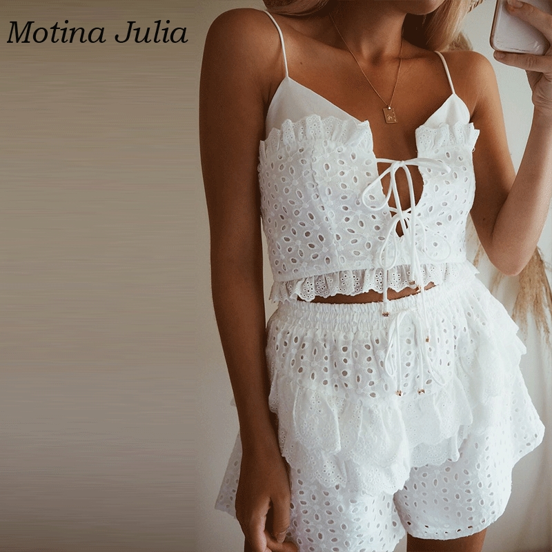 Motina Julia 2019 summer lace romper   jumpsuit   boho beach cottom embroidery ruffle playsuit 2 piece lace up rompers female
