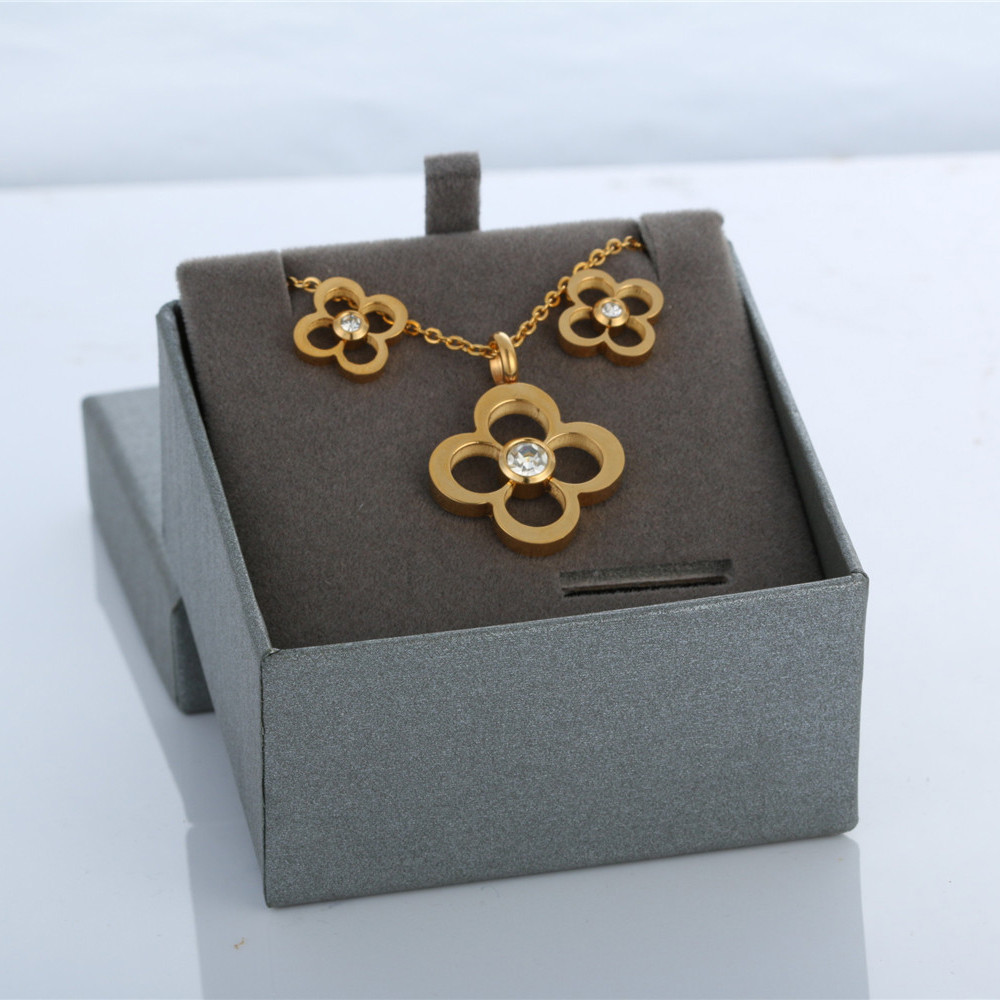 square sharp earrings necklace jewelry set