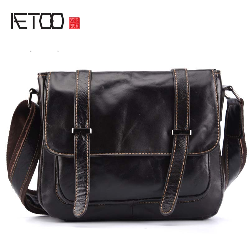 AETOO New real leather handbags women vintage British retro first layer of leather cowhide shoulder bags small messenger bags 2017 autumn and winter new genuine leather women handbags crocodile grain first layer of cowhide female shoulder messenger bags