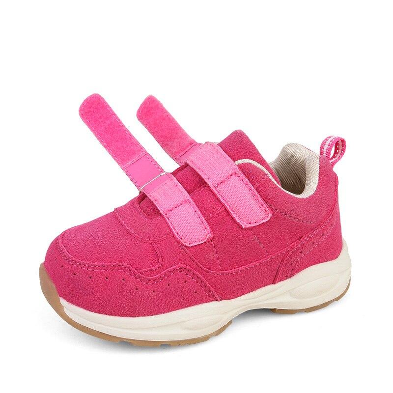 26 toddler white shoe