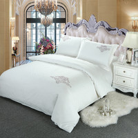 White Embroidery Bedding Sets Queen Size Bedclothes Bed Linen Cotton jacquard Duvet Cover Set roupa de cama