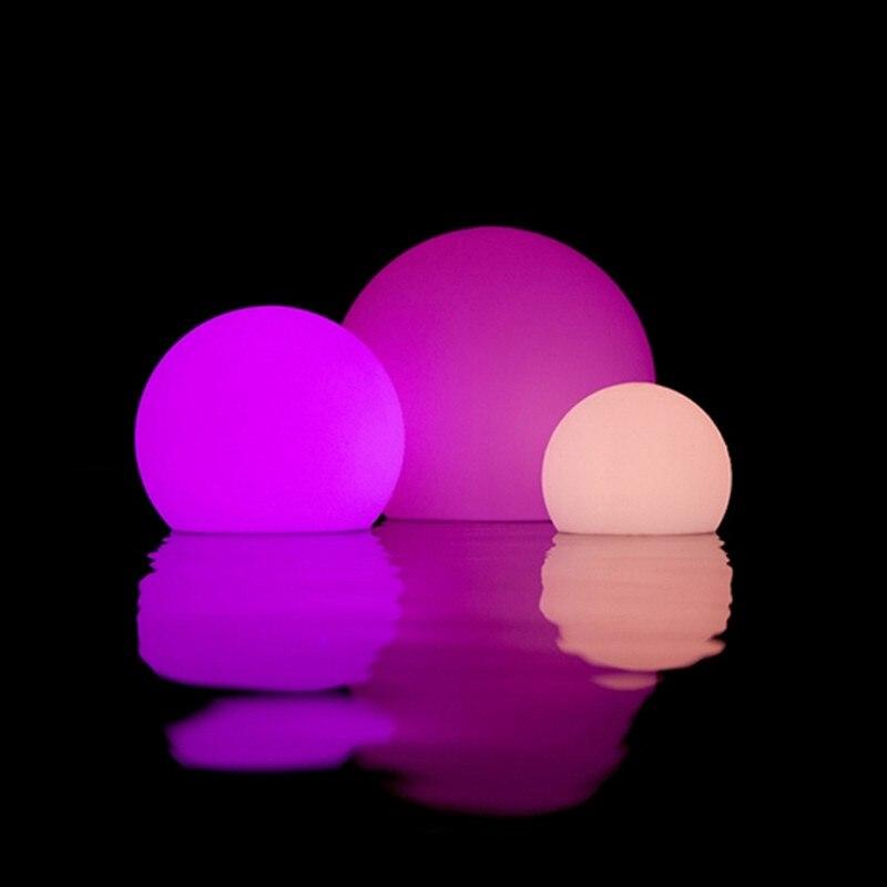 16 colores LED bola césped Control remoto noche luz impermeable al aire libre jardín lámpara cargo de hadas fiesta de Navidad Garland Decoración