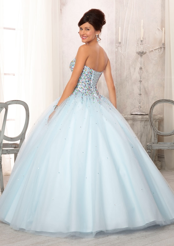 new 2017 Sparkly Pink Blue Beaded Ball Gown High School Prom Dresses With Jacket  Sweetheart Crystals Corset Party Gowns-in Prom Dresses from Weddings ... f3eba96d8b9f