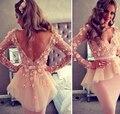 Vestidos de Cóctel de color rosa Caliente Corto Atractivo Vestido de Fiesta 2016 con Espalda Abierta Con Flor Hecha A Mano de Manga Larga de Las Mujeres Vestidos Formales