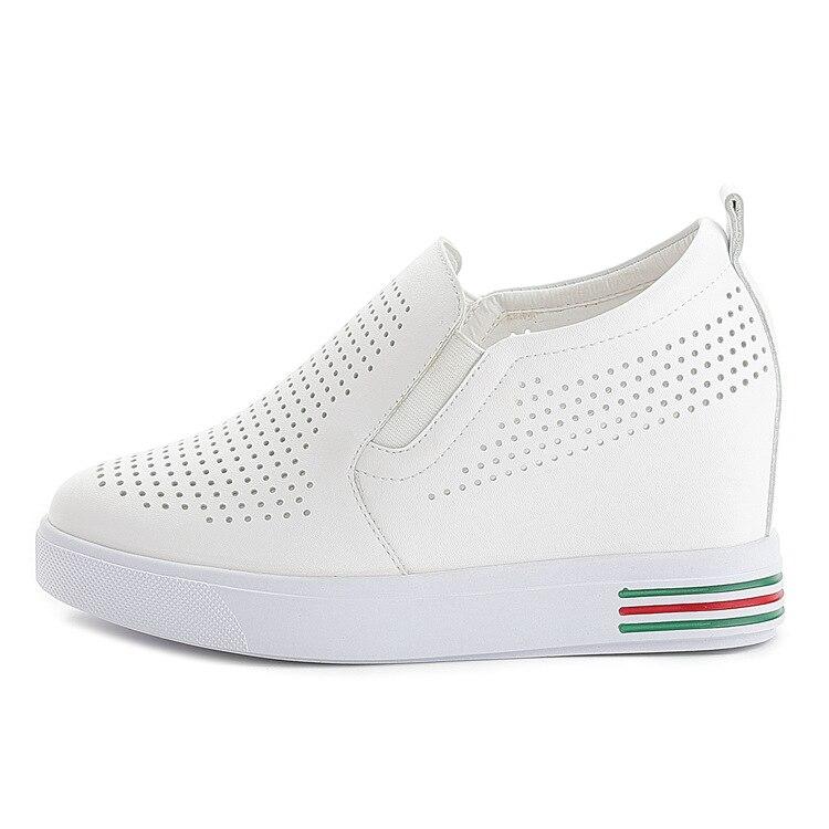 RAZAMAZA Women Fashion Hidden Wedge Heel Sneakers Pumps