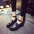 Quatro estações 2016 moda salto grosso sapatos único dedo do pé redondo do vintage sapatos estilo preppy fivela das mulheres de couro