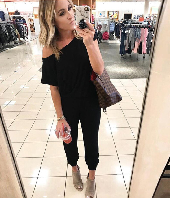2019 Spring And Summer Fashion Women Slant Shoulder Casual Pocket Jumpsuit Short Sleeve New Solid Bodysuits Women Rompers 2