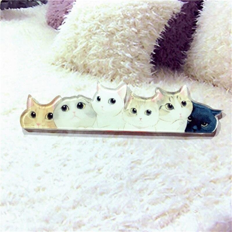 Белый кот одежда